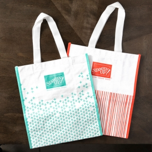 Reusable Stampin' Up! Shopping Bags available now! Imagine carrying your groceries and craft supplies in these cute Calypso Coral and Coastal Cabana totes